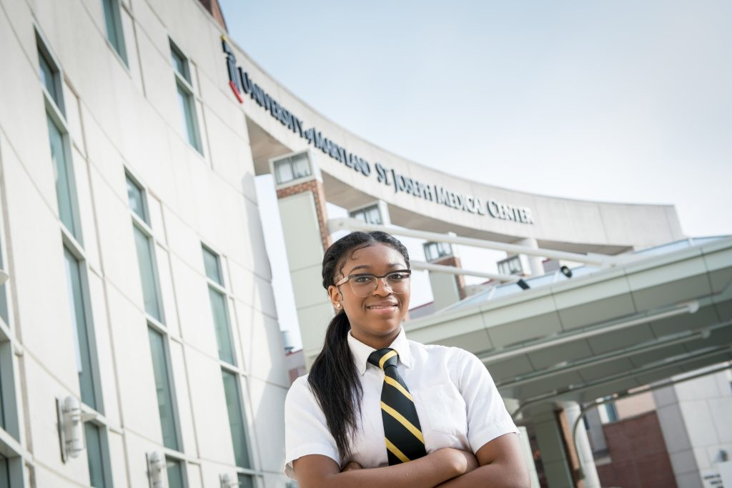 Cristo Rey student at her professional internship